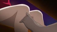 Shizuku still Fricts Natsuru F's leg