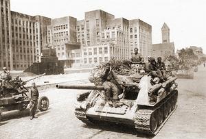 Hist SU-85