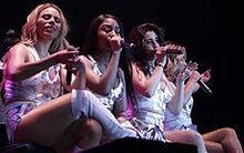00250px-Fifth Harmony perform at the Los Angeles County Fair Sep. 15 (36867766100) (cropped)