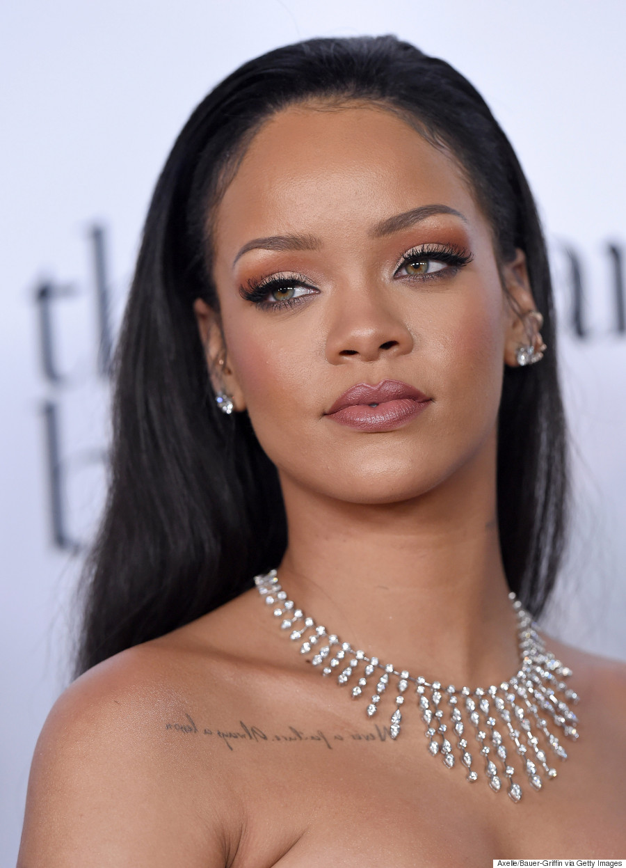 Pictures Rihanna nude photos 2019