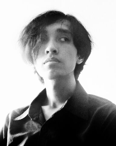 File:Akbar de Wighar Founder KARTENZ Portrait Wiki.jpg
