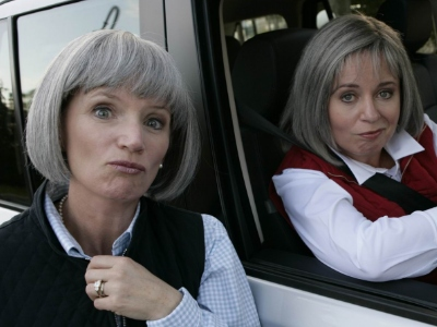File:Trude and prue.jpg