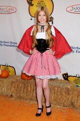 Katherine-McNamara-Camp-Ronald-Mcdonald-Halloween-Carnival-5-1-