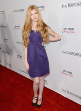 Katherine+McNamara+Premiere+Summit+Entertainment+Rf0Yj74IiH7x-1-