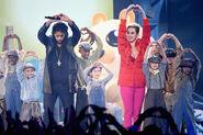 Katy+Perry+Skip+Marley+iHeartRadio+Music+Awards+dGLQo4DRb 7l
