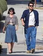Katy-perry-and-john-mayer-out-and-about-in-los-angeles 3