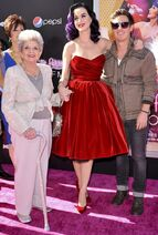 Hudson-perry-premiere-katy-perry-part-of-me-05