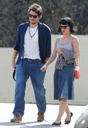 Katy-perry-and-john-mayer-out-and-about-in-los-angeles 1