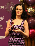 Katy Perry Purr cropped