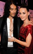 Rs 634x1024-141013085253-634-russell-brand-katy-perry-mtv.ls.101314