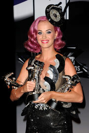 Katy Perry 2011 MTV Video Music Awards Press guN nQ-6Ii1l