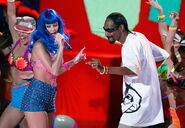Snoop+Dogg+Katy+Perry+2010+MTV+Movie+Awards+aSqPBwJJyF0l