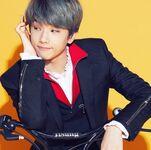 Jisung (NCT 2018 Yearbook)