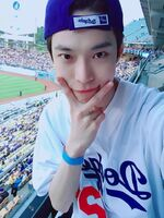 Doyoung may 16, 2019 (1)