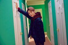 Renjun (Hair In The Air) 2