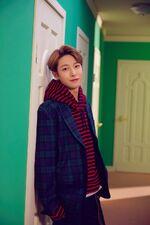 Renjun (Hair In The Air)