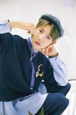 Renjun (We Young) 2