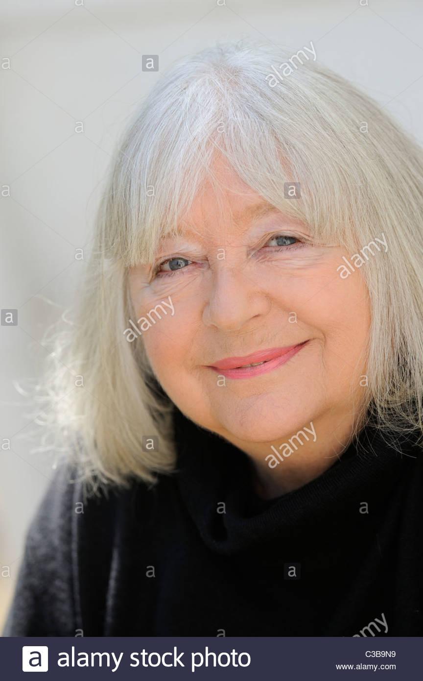 Judy Cornwell (born 1940)