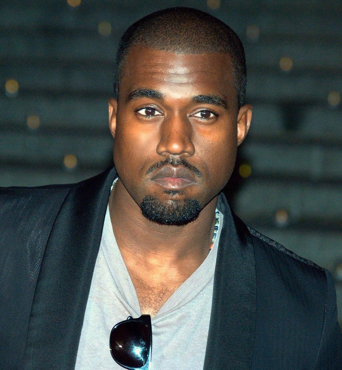 Kanye west keeping up with the kardashians wiki fandom powered kanye west malvernweather Images