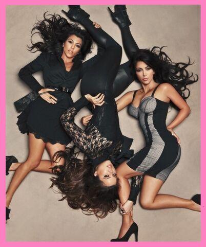 File:Kim, Kourtney and Khloe Kardashian.jpg