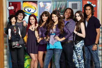 Nickelodeon-Victorious-cast 120810232319