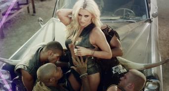 Music-Video-Kesha-Die-Young