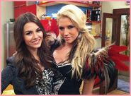Kesha-and-Tori