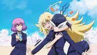 Kusakai hugs Nozomi