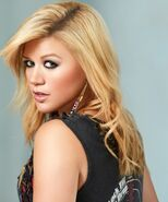 Kelly-Clarkson-Greatest-Hits-One-3-600x720