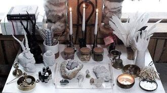 What's on my altar. Pt.1 - Crystals