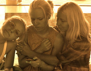 Kerli, Sister and Mother