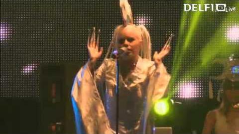 Kerli - Glow in the Dark (Live at Monster Music Festival 2013)