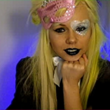 Kerli yellow hair-0