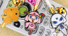 Is that a flipphone with some Kero Charms