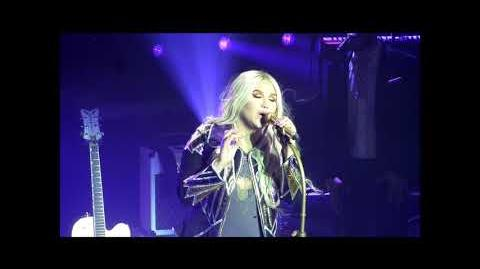 Kesha - Rainbow (Live on The Rainbow Tour)