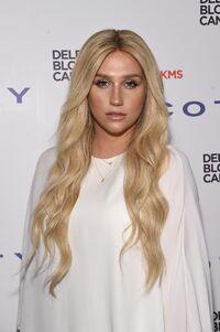 Kesha--10064172-