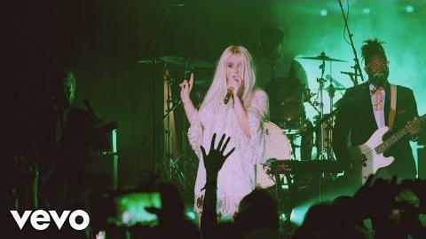 Kesha - Blow (Live from Honda Stage at Hollywood Palladium)