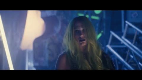 Kesha as Pizzazz in Jem and The Holograms (Full Clip)