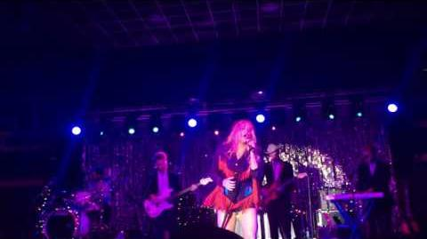 Kesha - Till The World Ends (Live on Fuck the World Tour)