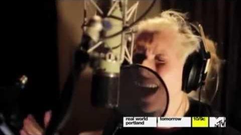 Ke$ha Recording 'Warrior' In The Studio