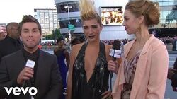 Ke$ha - 2010 Red Carpet Interview (American Music Awards)