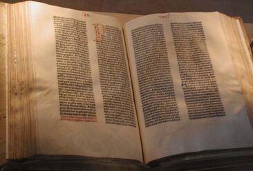 800px-Gutenberg Bible