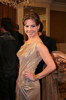 Kate del Castillo - Cast