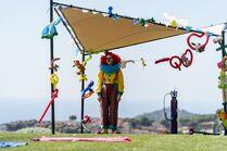 3x02-2 Villanelle clown