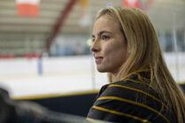 3x06-27 Villanelle ice hockey