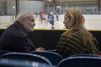 3x06-28 Villanelle Konstantin ice hockey