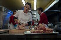 3x01-39 Eve restaurant kitchen