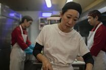 3x01-36 Eve restaurant kitchen