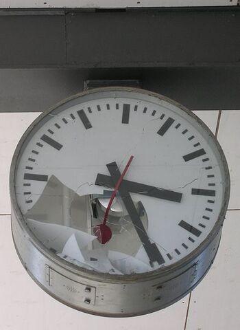 File:437px-Vandalism clock.jpg
