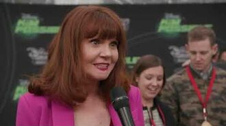 Kim Possible - Interviews On The Shego Green Carpet